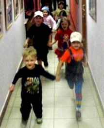 В пятницу днем, 30 сентября, из детского сада во Владивостоке из-за возгорания были эвакуированы 168 воспитанников.